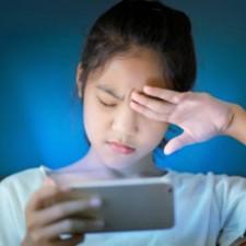 5 tipov ako ochrániť oči detí pred modrým svetlom